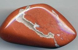 как очищать камень оберег