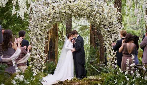 организация свадьбы в июне