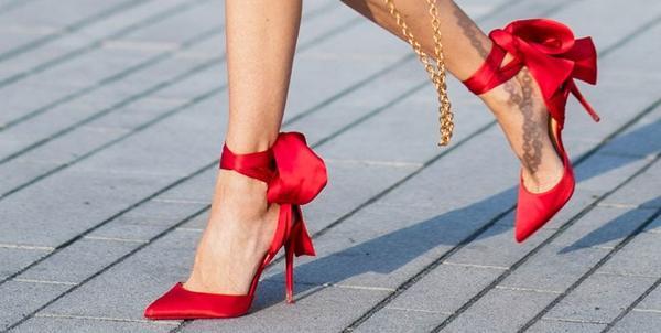 ритуал с красными туфельками