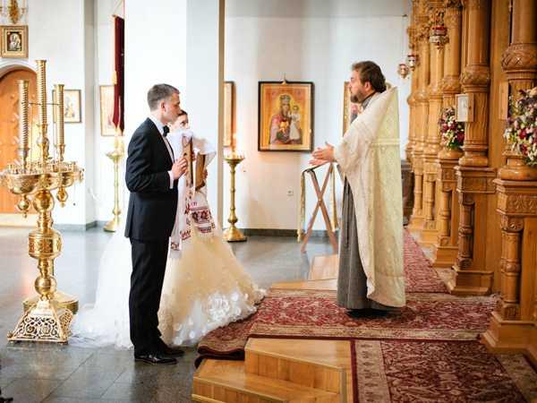 венчание в марте